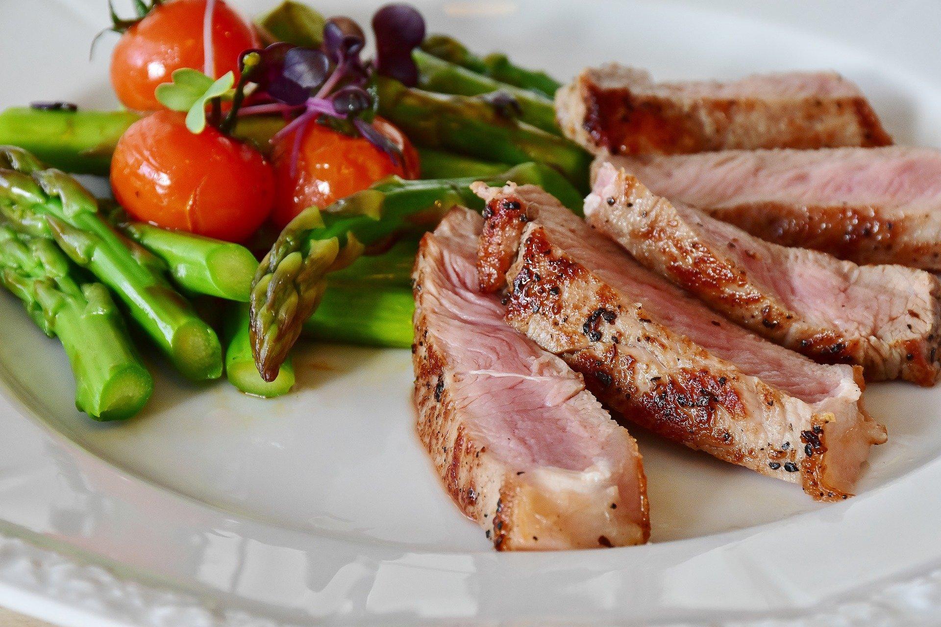 Comment manger pour perdre rapidement ses premiers kilos de graisse